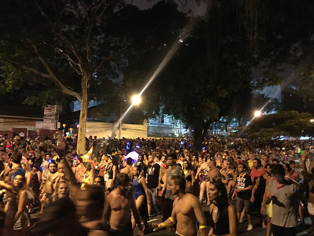 Technobloco strikes back on the streets of Rio Carnival