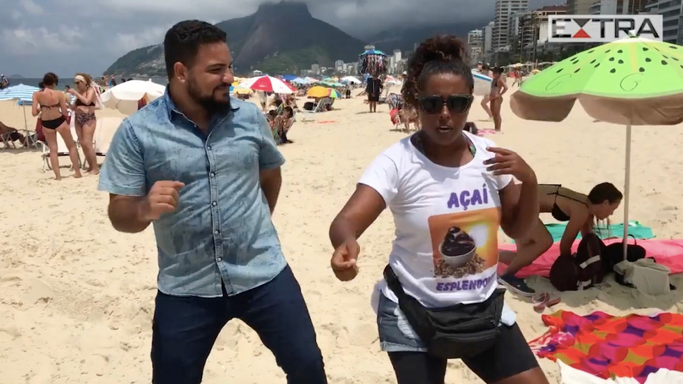Ipanema Beach acai woman Vanessa Esplendorosa can teach us all about happiness