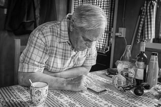 """""""Newspaper"""" on a Dutch farm"""