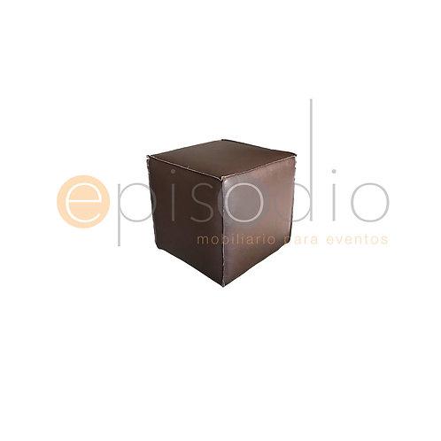 Puff Chico De Piel Color Chocolate