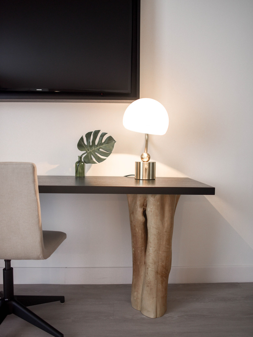 stainless-steel-base-white-shade-table-l