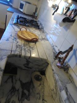 acquaio in marmo cucina