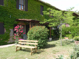Apt. Girasoli - reserved gardens and pergola