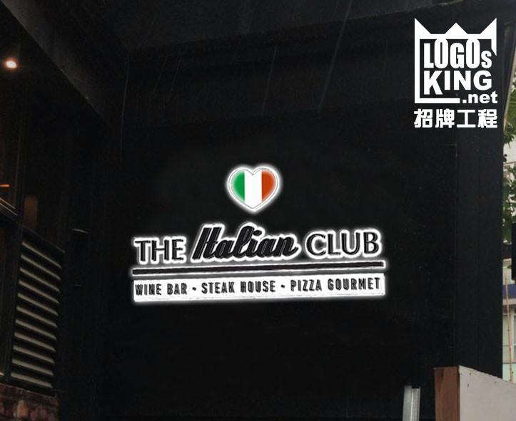 THE ltalian CLUB 招牌