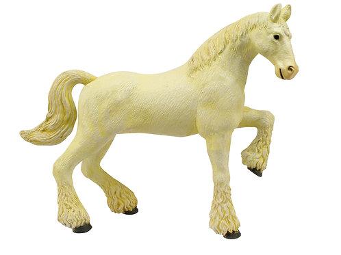 Fehér Clydesdale Ló