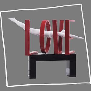 Pop-art-sculpture-love-contemporary