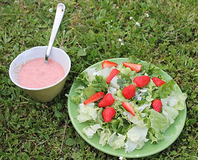 salade rouge fraise.JPG