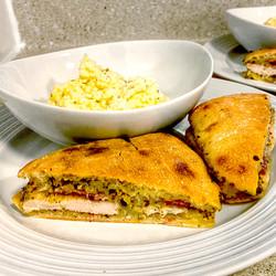 Chicken_and_Pesto_Sandwich
