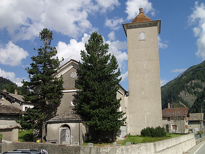 Kirche Hinterrhein.jpg
