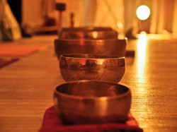 Bols Tibétains crédit Charlie LDC