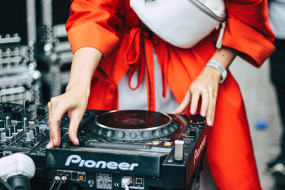 Dallas DJ - Be Entertained Events - DJ in Dallas