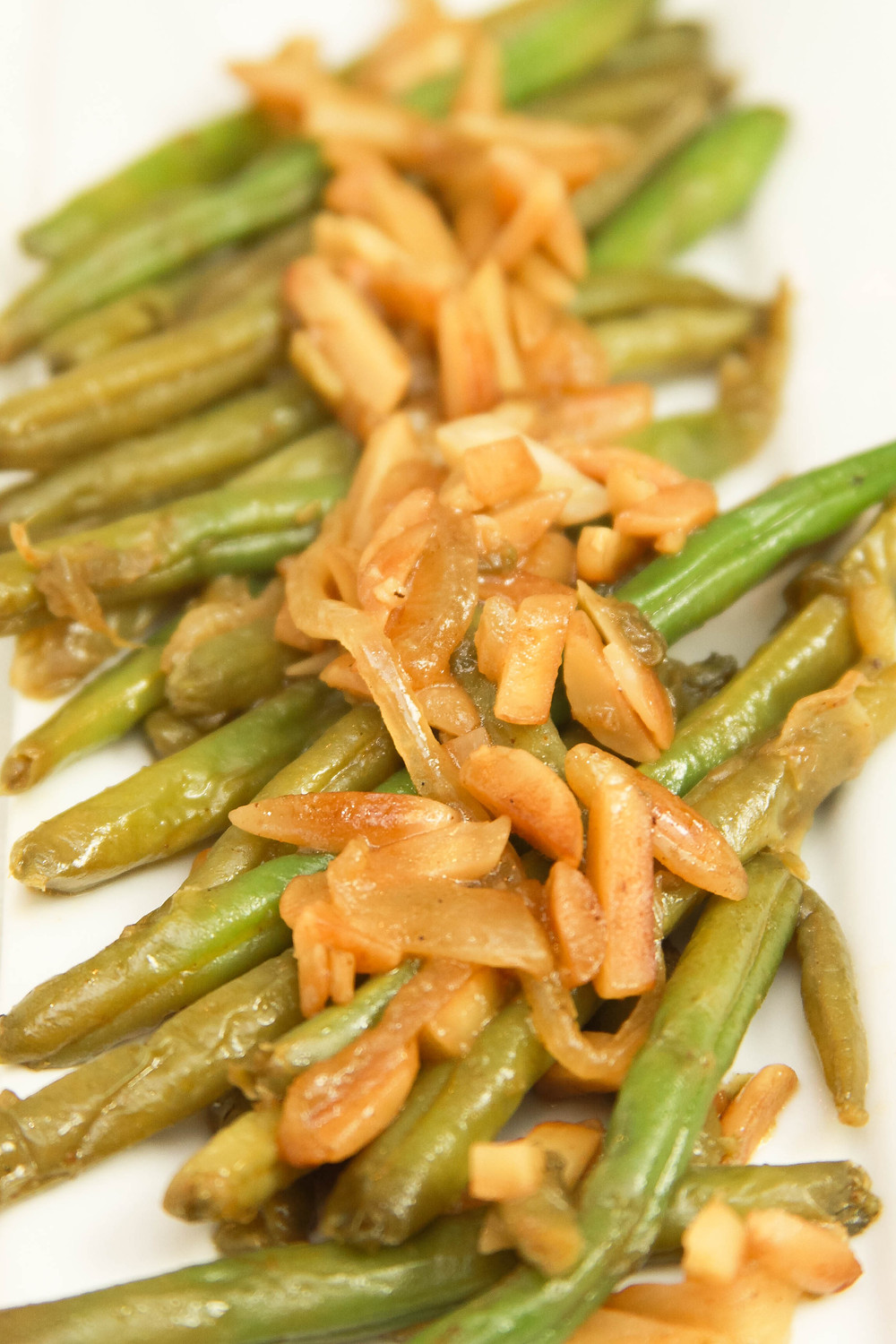Sautéed Almonds and Green Beans