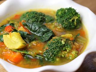 Vegan Vegetable and Turmeric Soup