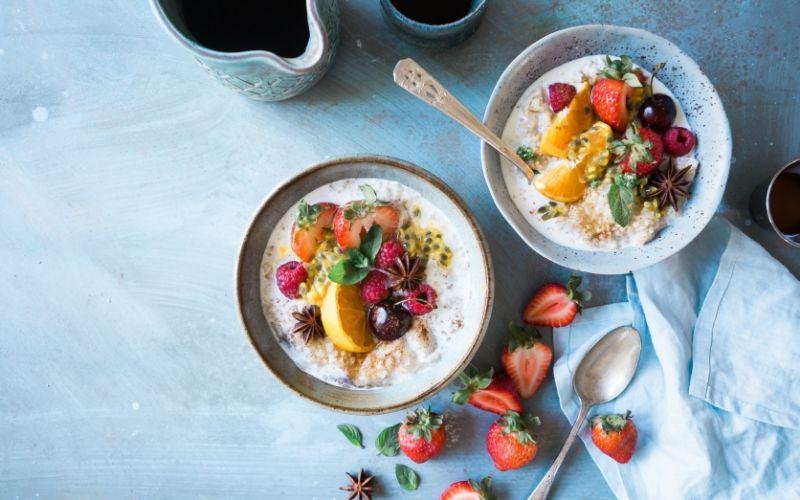 Bowls of fruit, full of fibre