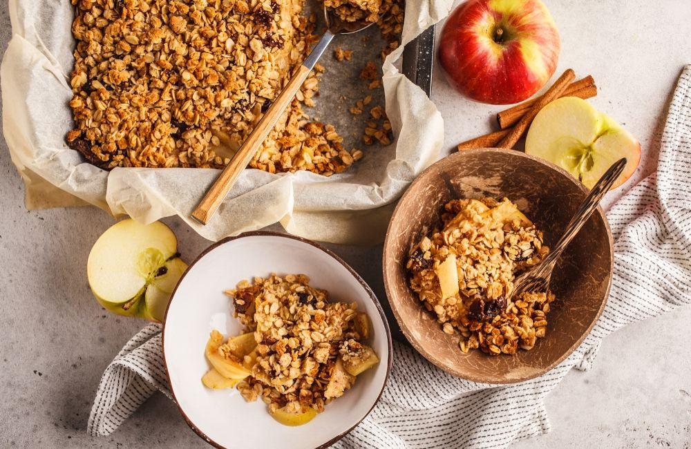 Apple Puree, Oats and Cinnamon