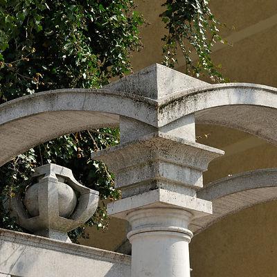 DF 05.Monumentum aere perennius?.jpg