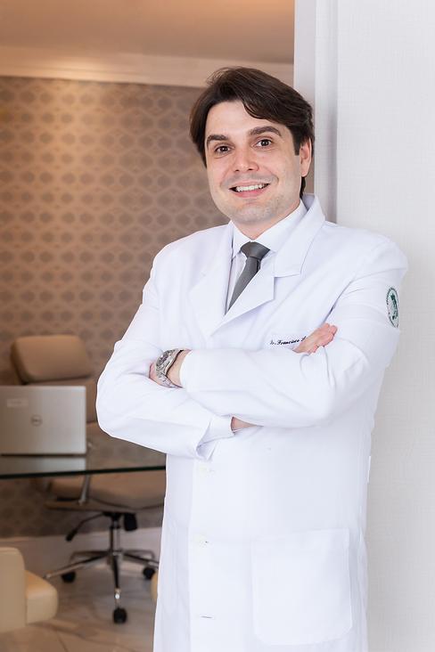 DR. FRANCISCO.png