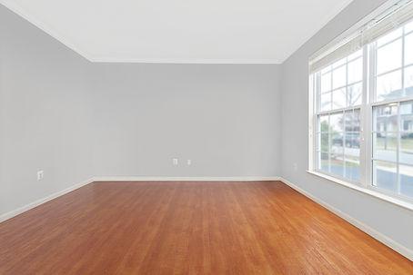 a_Empty Office 1200.jpg