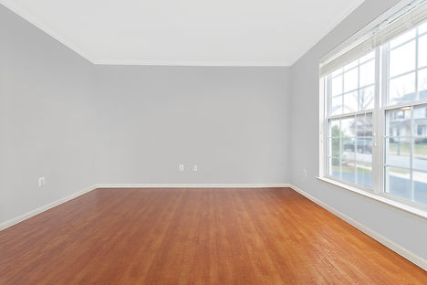 a_Empty Office 1200.jpg