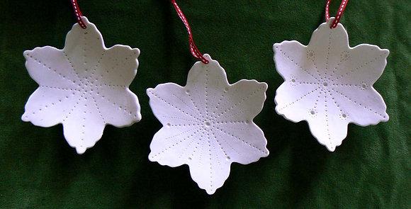 Porcelain Urchin Snowflake