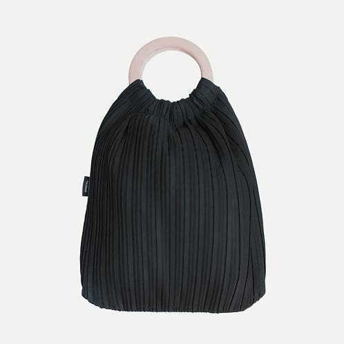 Tote Bag by vanDeurs
