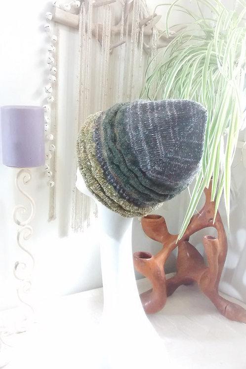 Lichen knitted hat