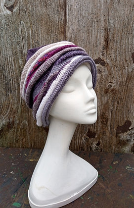 Plum - knitted hat