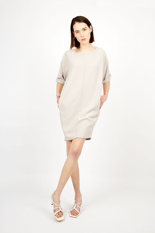 BAT-SLEEVE DRESS WITH DESIGNED DETAIL