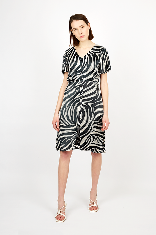 Front button silk dress with Leopard print