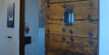 door_cropped.jpg