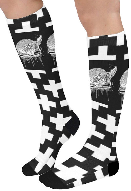 Footsteps Cross BW Knee High Socks (Qty 1)