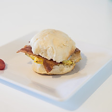 Biscuit w/ Egg and Bacon