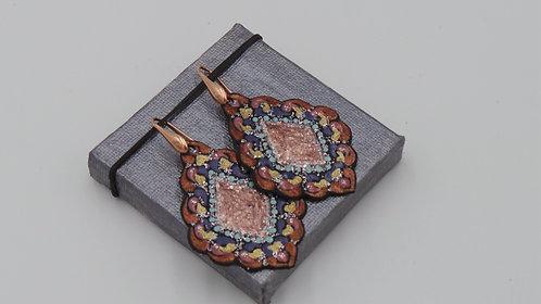 Handbemalte Lederohrringe mit Stecker