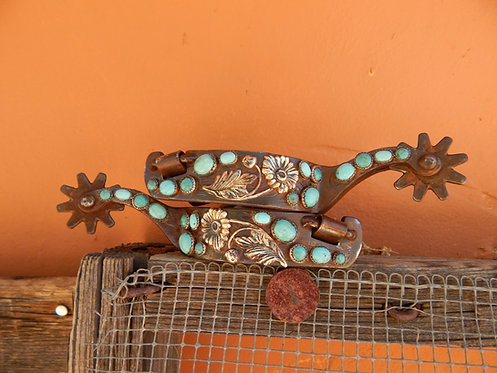 Turquoise Daisy Lady Long Shank Spurs