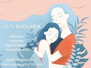Kiekviena mama nusipelno šilumos, dėmesio ir meilės!