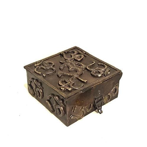 OM dėžutė