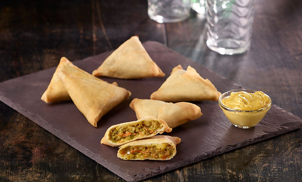16273 Vegetable Curry Samosa.jpg