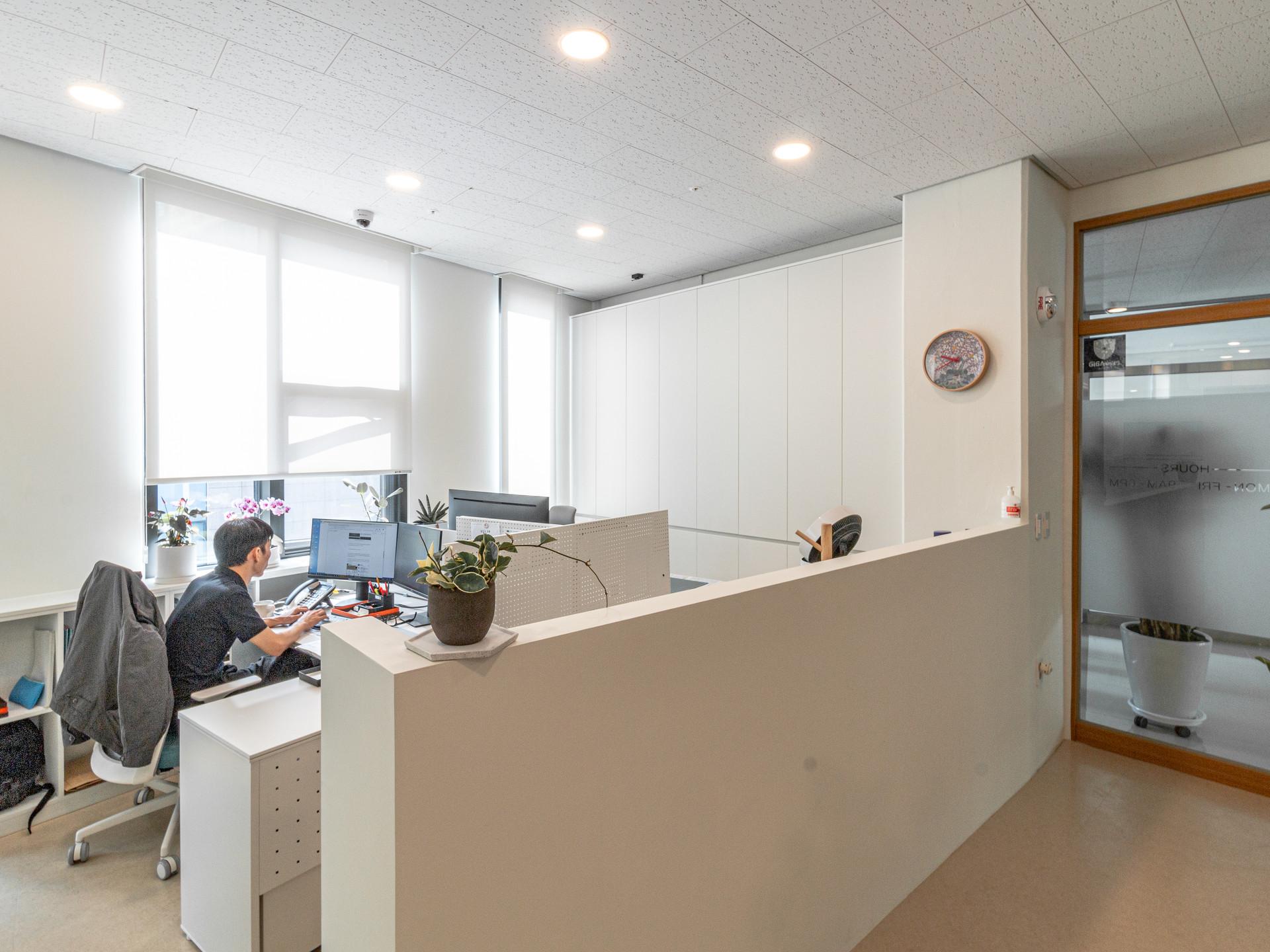 A LAW OFFICE CHEONGRYUL