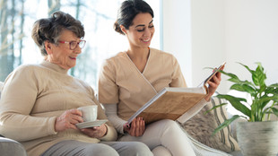 Alzheimer's Care Tips for Daily Life