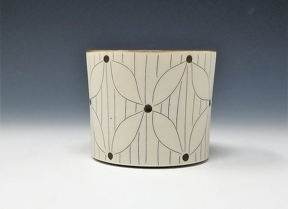 Flower with Lines Whiskey Cup