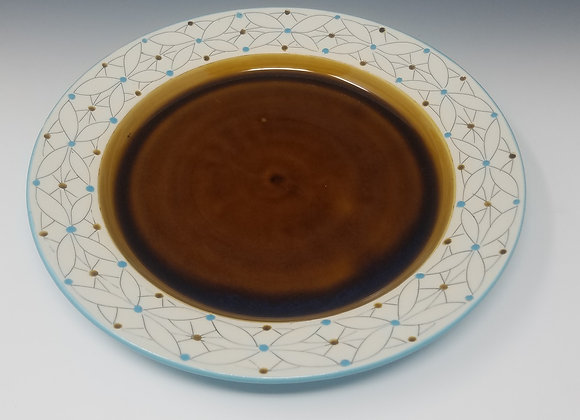"10"" Dinner plate with Overlapping Flower Pattern"