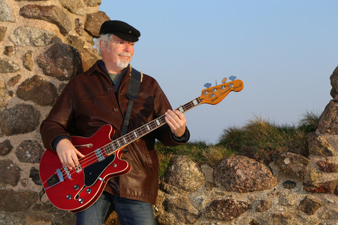 Our groovin' bass man