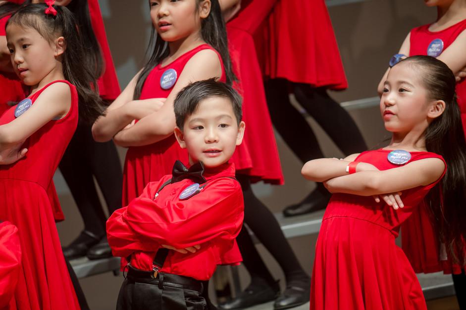 0020_AB_29 april_the show choir_johnnypr