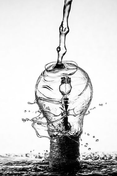 Light Bulb B&W.jpg