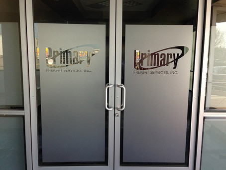 The Advantages of Installing Frosted Glass in An Office Atmosphere in Florida