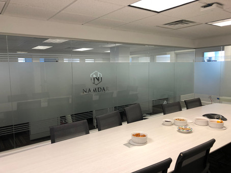 What's the difference between Frosted and Etched Glass?