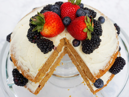 Coconut Berry Cake (gluten free & vegan)