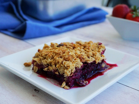 Summer Berry Crisp (gluten free & vegan)