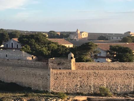 Visitas guiadas a la Isla de Lazareto
