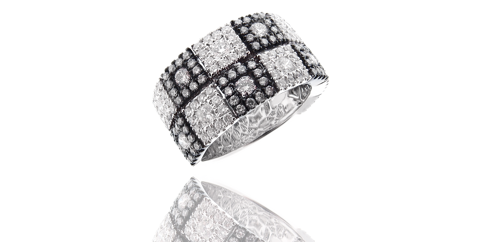 """SQ Link"" Double Rows Diamond Ring in 18K White Gold"
